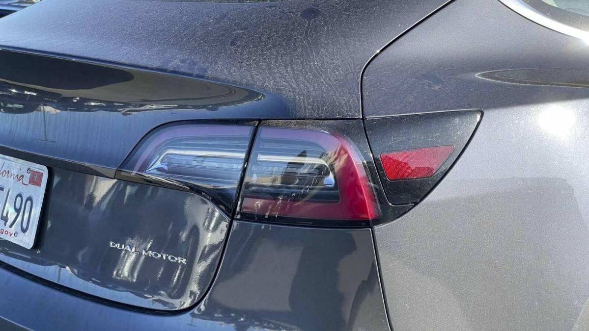 2018 Tesla Model 3 5YJ3E1EB8JF147376