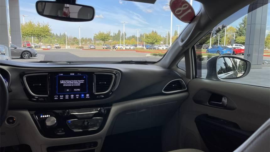 2018 Chrysler Pacifica Hybrid 2C4RC1H72JR318215