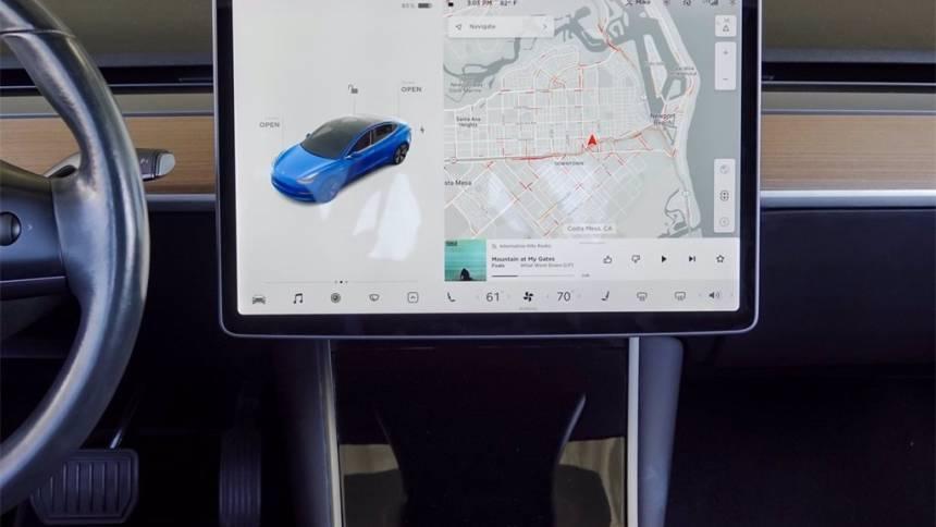 2018 Tesla Model 3 5YJ3E1EA2JF052013