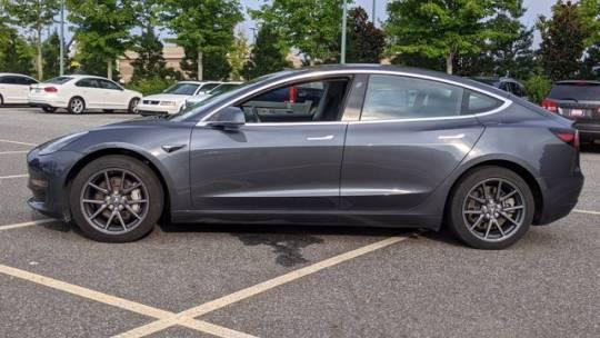 2018 Tesla Model 3 5YJ3E1EB3JF103690