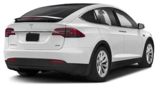 2018 Tesla Model X 5YJXCBE47JF142958