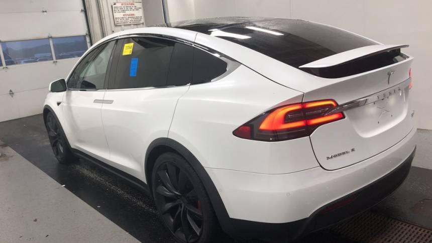2018 Tesla Model X 5YJXCAE45JF103828