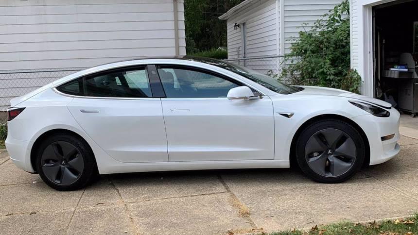 2020 Tesla Model 3 5YJ3E1EA4LF740596