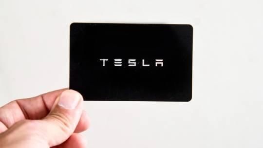 2021 Tesla Model Y 5YJYGDEE2MF096943