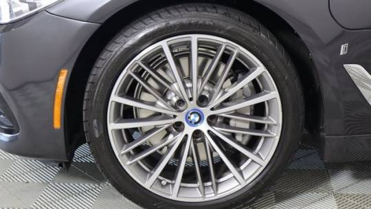 2019 BMW 5 Series WBAJA9C54KB391929