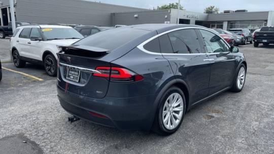 2016 Tesla Model X 5YJXCBE23GF019147