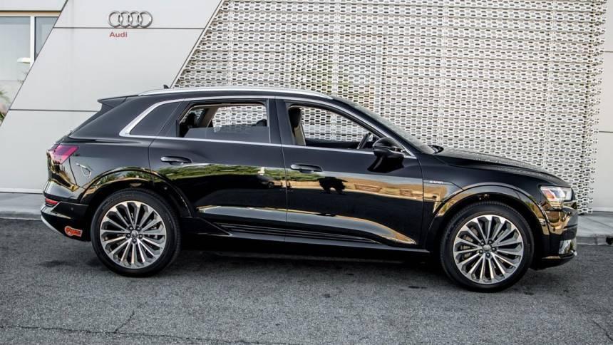 2019 Audi e-tron WA1VAAGE4KB023101
