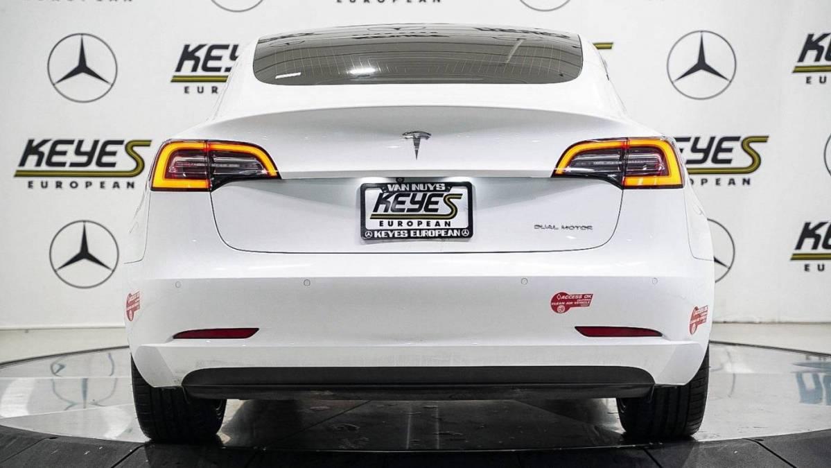 2018 Tesla Model 3 5YJ3E1EB8JF094680