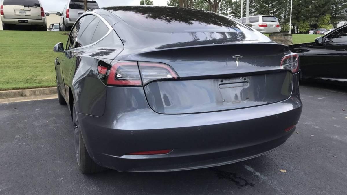 2018 Tesla Model 3 5YJ3E1EA2JF036622