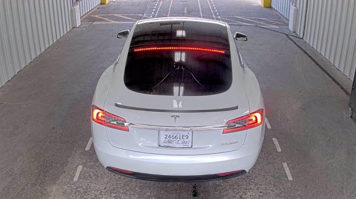 2021 Tesla Model S 5YJSA1E45MF425552