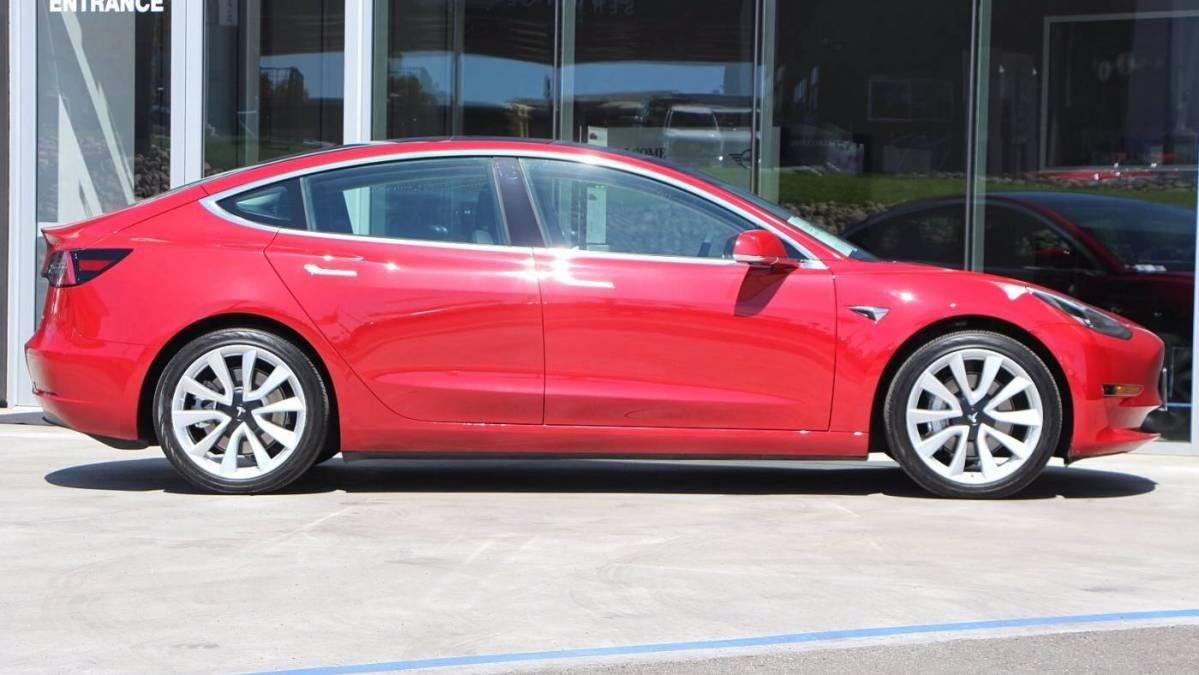 2020 Tesla Model 3 5YJ3E1EB7LF746711