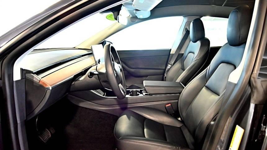 2020 Tesla Model Y 5YJYGDEE1LF051328