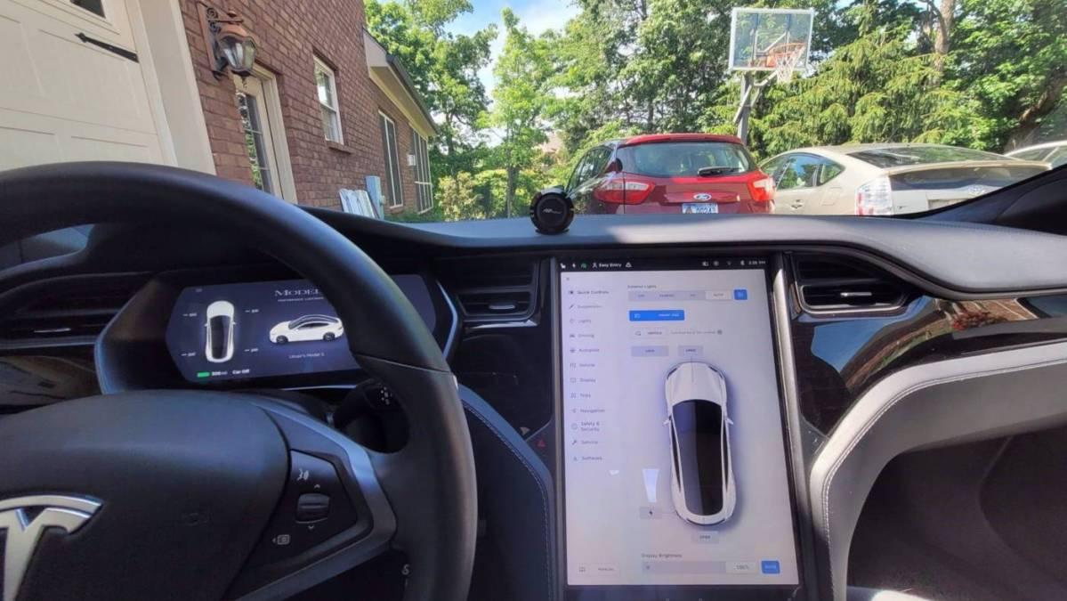 2020 Tesla Model S 5YJSA1E41LF398011