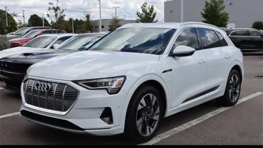 2021 Audi e-tron WA1LAAGE2MB023964