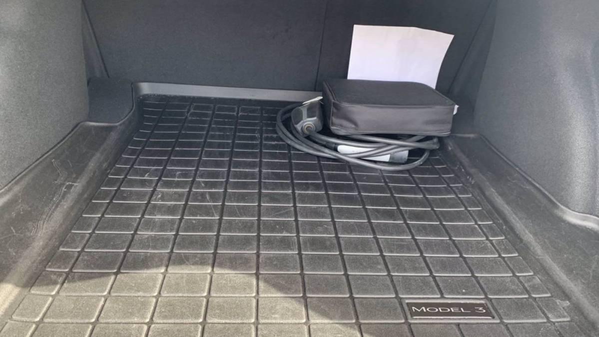 2018 Tesla Model 3 5YJ3E1EB7JF116717