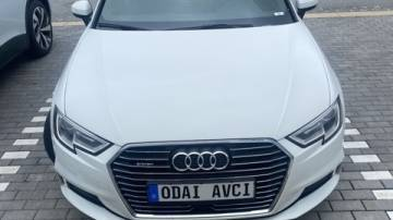 2017 Audi A3 Sportback e-tron WAUUPBFF3HA060748