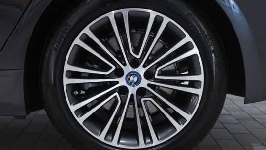 2018 BMW 5 Series WBAJA9C57JB251999