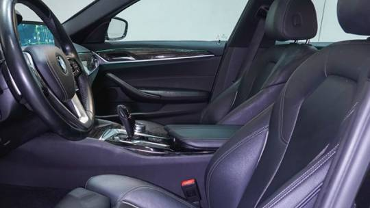 2018 BMW 5 Series WBAJA9C56JB249161
