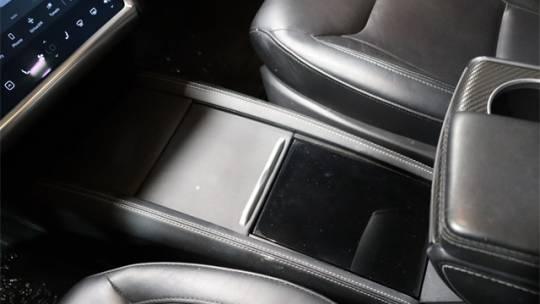 2016 Tesla Model S 5YJSA1E43GF132477