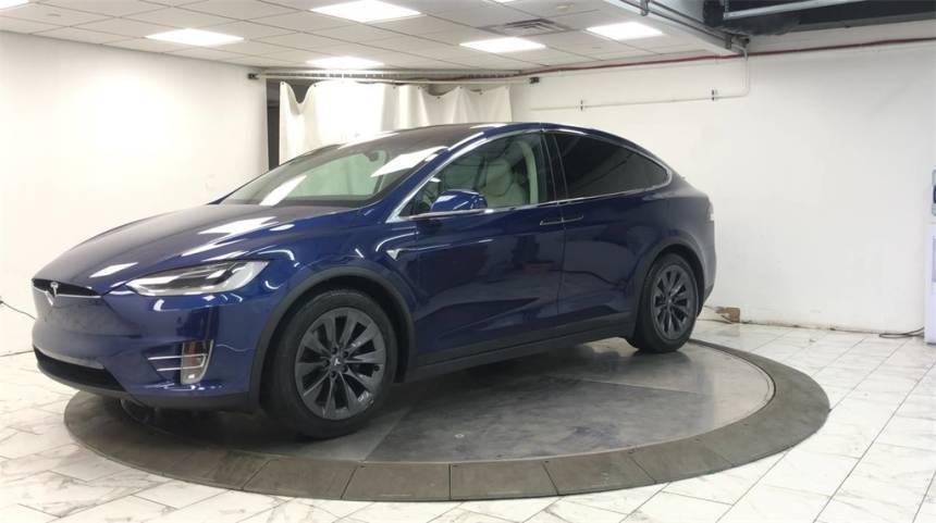 2018 Tesla Model X 5YJXCDE21JF087031