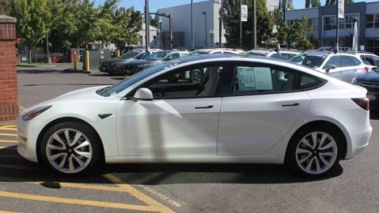 2018 Tesla Model 3 5YJ3E1EB1JF135571