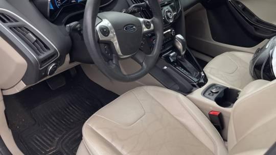 2014 Ford Focus 1FADP3R43EL380998
