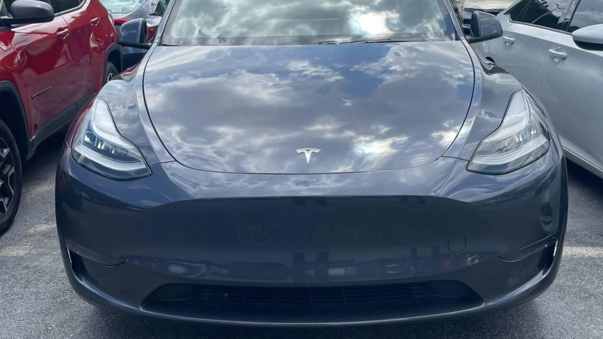 2020 Tesla Model Y 5YJYGDEEXLF039274