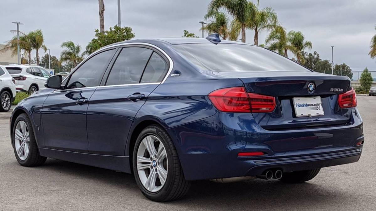 2017 BMW 3 Series WBA8E1C36HA158569