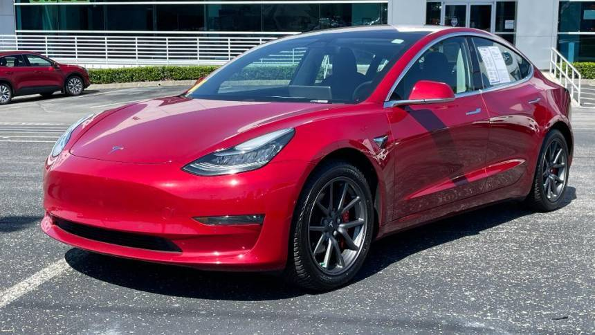 2018 Tesla Model 3 5YJ3E1EB8JF064045