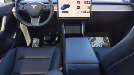2021 Tesla Model Y 5YJYGDEEXMF060868