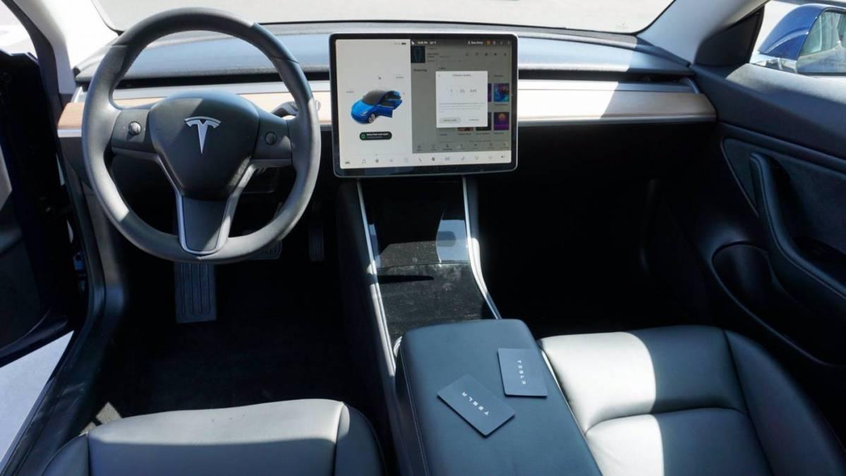 2019 Tesla Model 3 5YJ3E1EB4KF433937