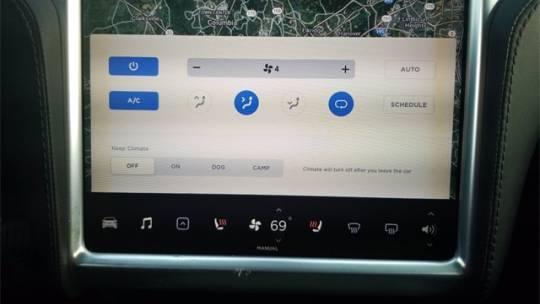 2018 Tesla Model X 5YJXCDE25JF087646