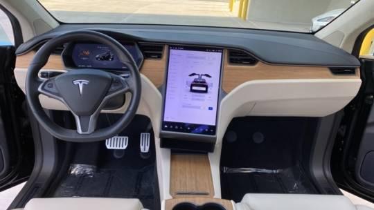 2019 Tesla Model X 5YJXCBE42KF185296