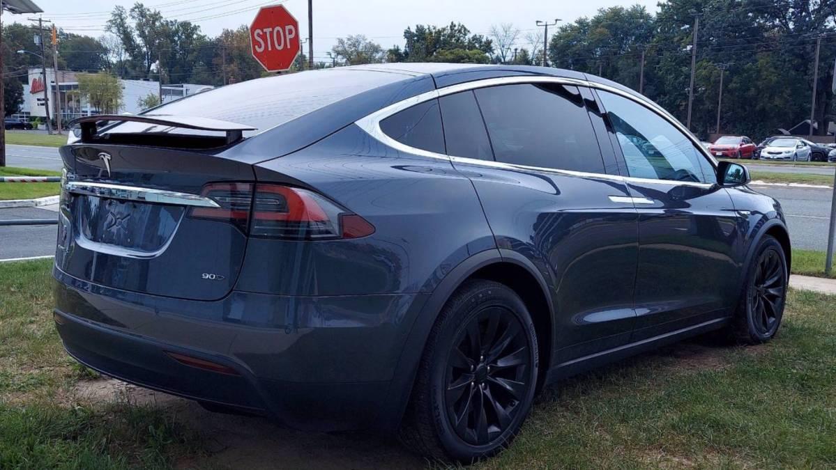 2016 Tesla Model X 5YJXCAE2XGF004932