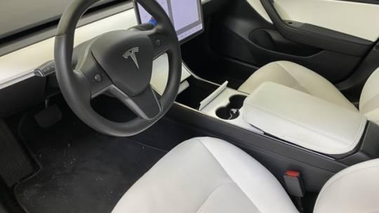 2019 Tesla Model 3 5YJ3E1EB9KF406975