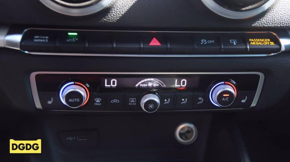 2017 Audi A3 Sportback e-tron WAUUPBFF4HA079745