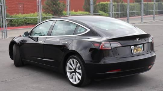 2019 Tesla Model 3 5YJ3E1EA2KF446581