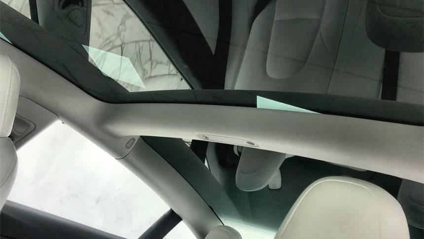 2018 Tesla Model 3 5YJ3E1EB8JF078639