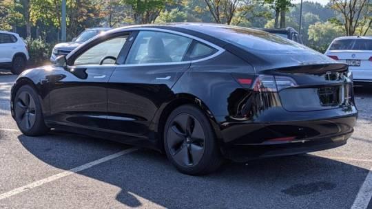 2018 Tesla Model 3 5YJ3E1EB3JF127570