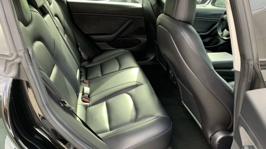 2018 Tesla Model 3 5YJ3E1EB6JF094001