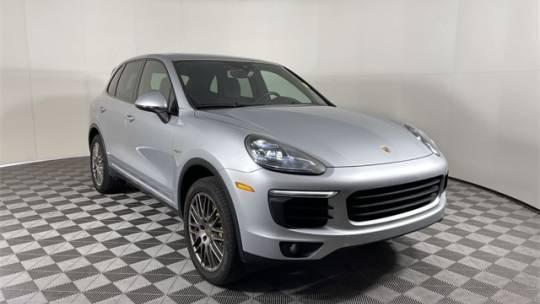 2016 Porsche Cayenne WP1AE2A25GLA18213