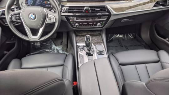 2018 BMW 5 Series WBAJA9C52JB251599