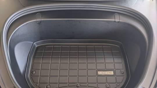 2018 Tesla Model 3 5YJ3E1EB4JF170380