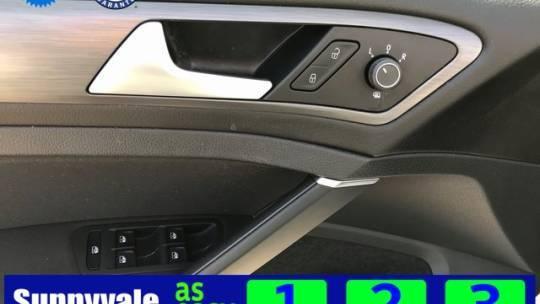 2019 Volkswagen e-Golf WVWKR7AU8KW908236