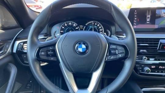 2018 BMW 5 Series WBAJA9C52JB251876