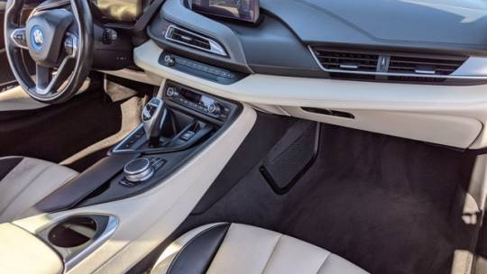 2019 BMW i8 WBY2Z6C57KVB82814