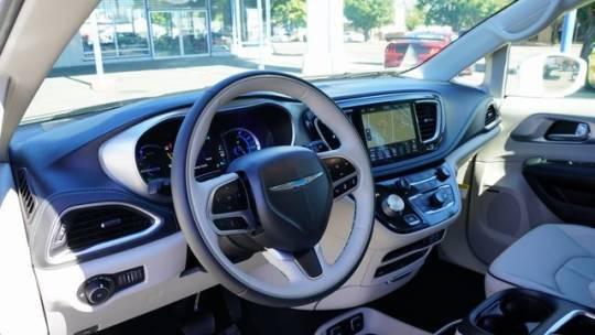 2020 Chrysler Pacifica Hybrid 2C4RC1N7XLR282376