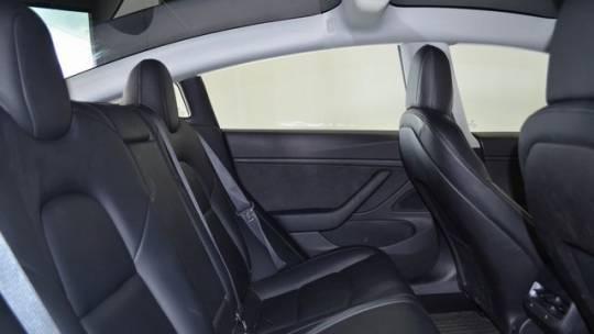 2018 Tesla Model 3 5YJ3E1EB4JF144779