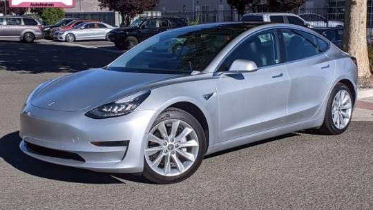 2018 Tesla Model 3 5YJ3E1EB2JF065207