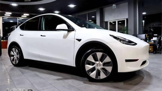 2020 Tesla Model Y 5YJYGDEE3LF052738